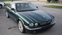 2005 Jaguar XJR Base