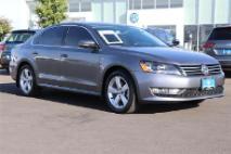 2015 Volkswagen Passat 4dr Sdn 1.8T Auto Limited Edit