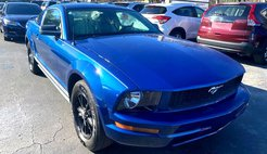 2006 Ford Mustang 2dr Cpe V6