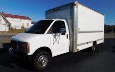 2001 GMC Savana DRW Box Van