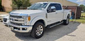 2017 Ford F-250 Lariat Crew Cab Long Bed 4WD