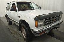 1990 Chevrolet S-10 Blazer 2-Door 4WD