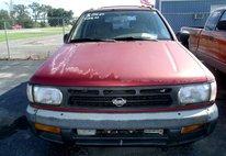 1997 Nissan Pathfinder XE 4-door 4WD