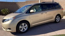 2012 Toyota Sienna 5dr 8-Pass Van V6 LE FWD