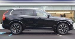 2021 Volvo XC90 T6 Momentum 6-Passenger