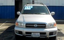 2003 Nissan Pathfinder SE 2WD