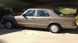 1990 Mercedes-Benz 300-Class 300 SE