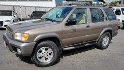 2001 Nissan Pathfinder LE