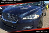 2013 Jaguar XJ Base
