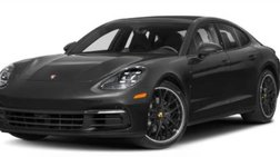 2018 Porsche Panamera Standard