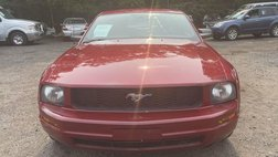 2009 Ford Mustang Deluxe Coupe 2D