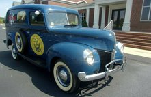 1940 Ford Navy Recuiter Vehicle
