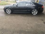 2009 Audi S5 quattro