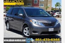 2015 Toyota Sienna LE-1 OWNER-LEASE RETURN-3RD ROW SEAT
