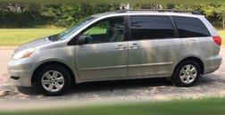 2010 Toyota Sienna LE