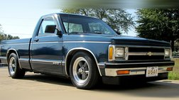 1992 Chevrolet S-10 4.3 V6 AUTOMATIC BELLTECH PROFESSIONALLY LOWERED !