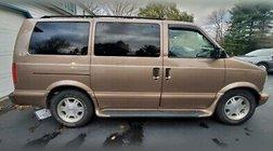 2004 GMC Safari XT